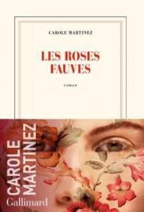 Couverture du roman Les roses fauves